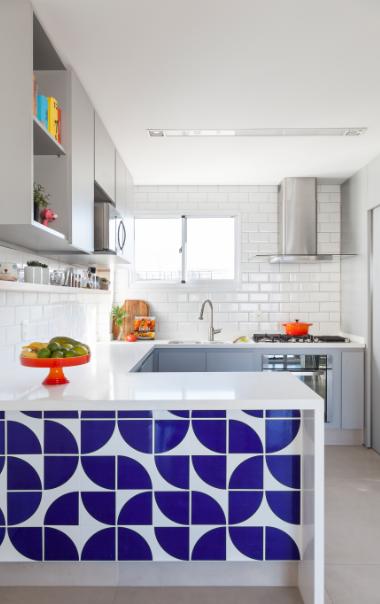 azulejo-na-bancada-da-cozinha
