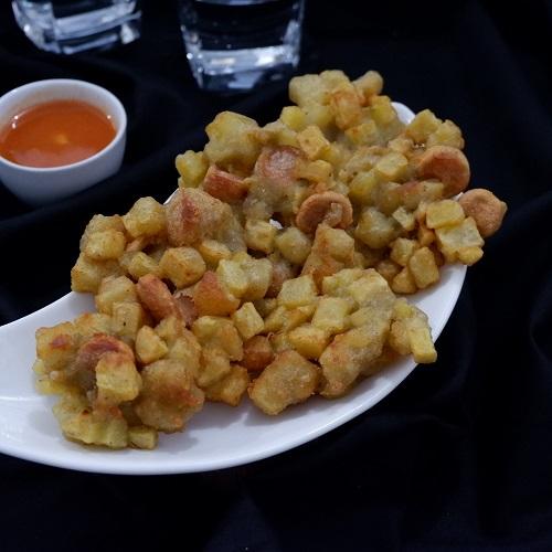 Cara memasak bakwan kentang sosis tanpa bumbu ulek