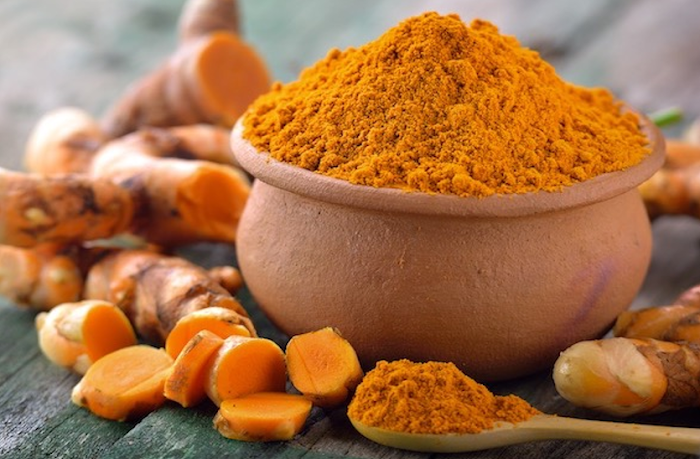 Do not forget to use turmeric even in these 7 conditions, know the harm