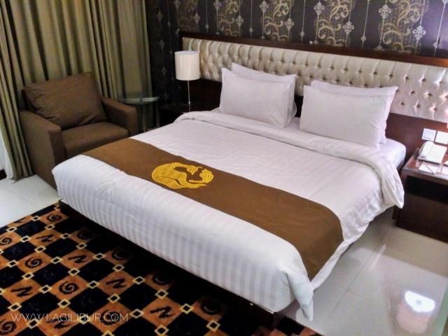 Deluxe Room Gets Hotel  Semarang