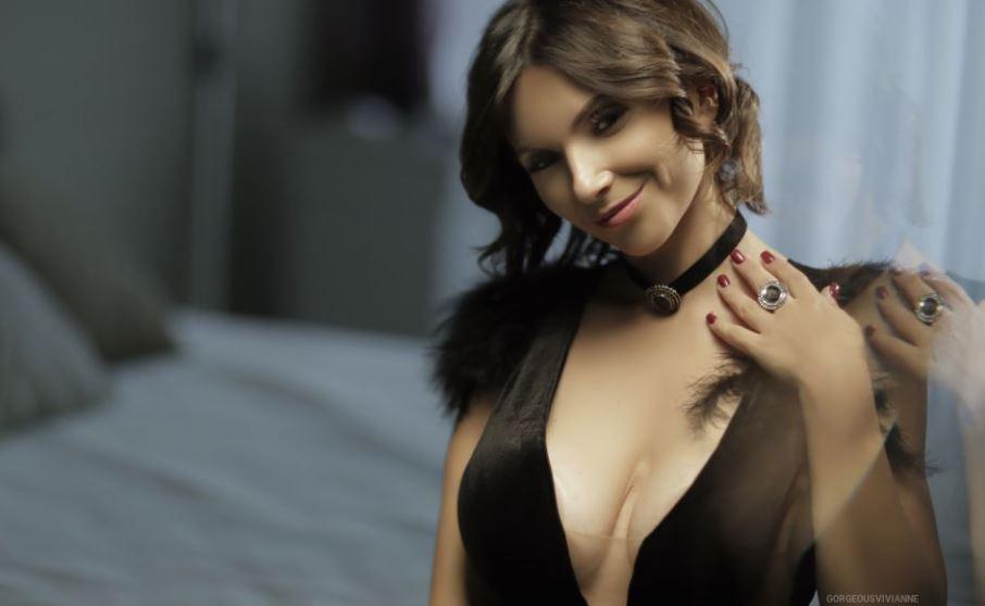 https://www.glamourcams.live/chat/GorgeousVivianne