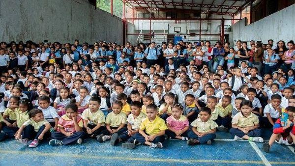 Venezuela firma acuerdos de cooperación con Unicef y FAO