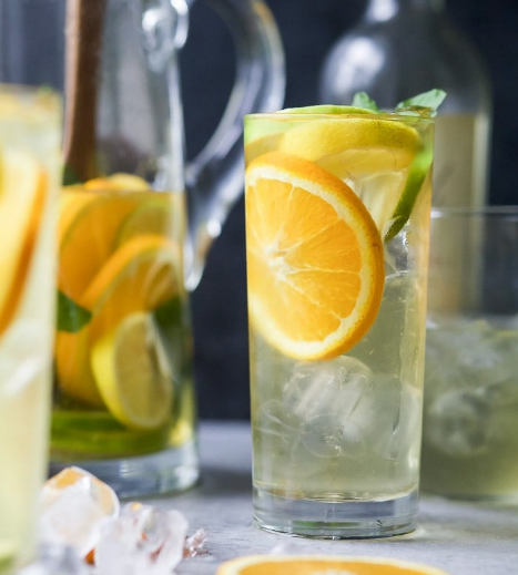 Easy Citrus White Wine Sangria #sangria #easy #party #summer #cocktail