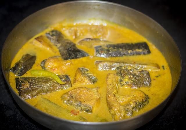 Macher Jhol ( Fish Curry)