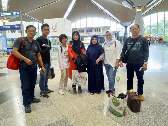 ruang tunggu bandara klia malaysia