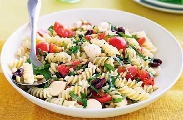 Menu Salad yang Tidak disarankan Untuk Diet