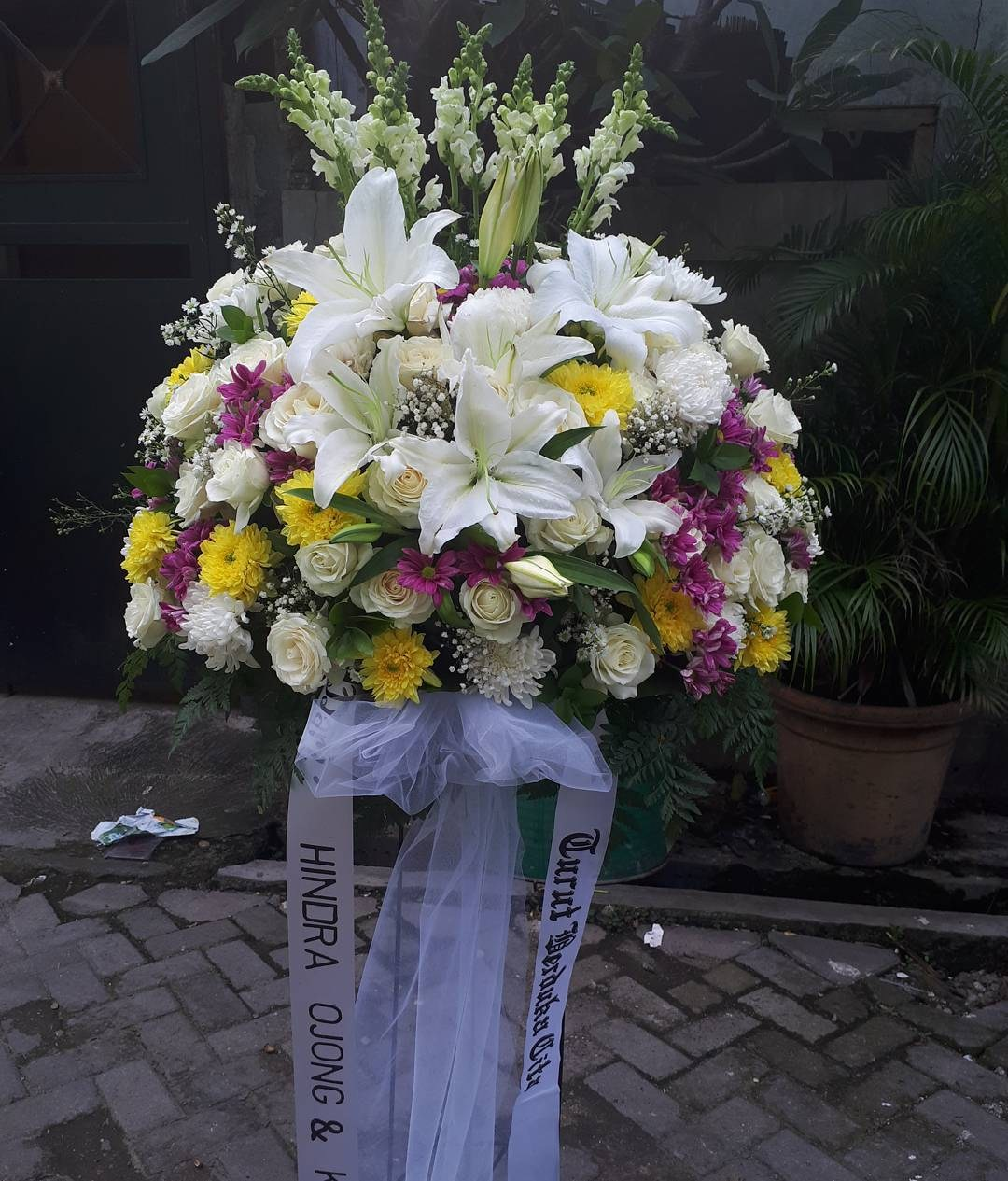 Karangan Bunga Standing Flowers 010