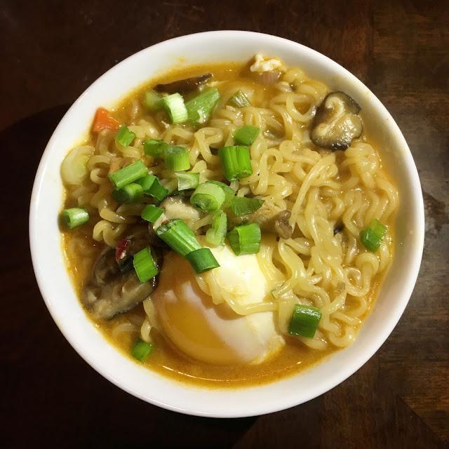 shin ramyun with duck egg