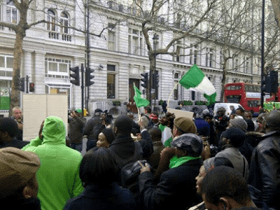 Nigerians In UK Protest Against Buhari Visit