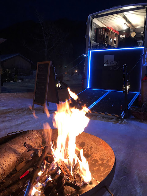 WintercocktailNacht 2020 4Eck, Garmisch-Partenkirchen, outdoor, Event, Bar, Horseboxbar, After Work Party, Winterparty, Heiss auf Eis, Dance on Snow. Fire and Ice, Horseboxbar, Garmisch-Partenkirchen