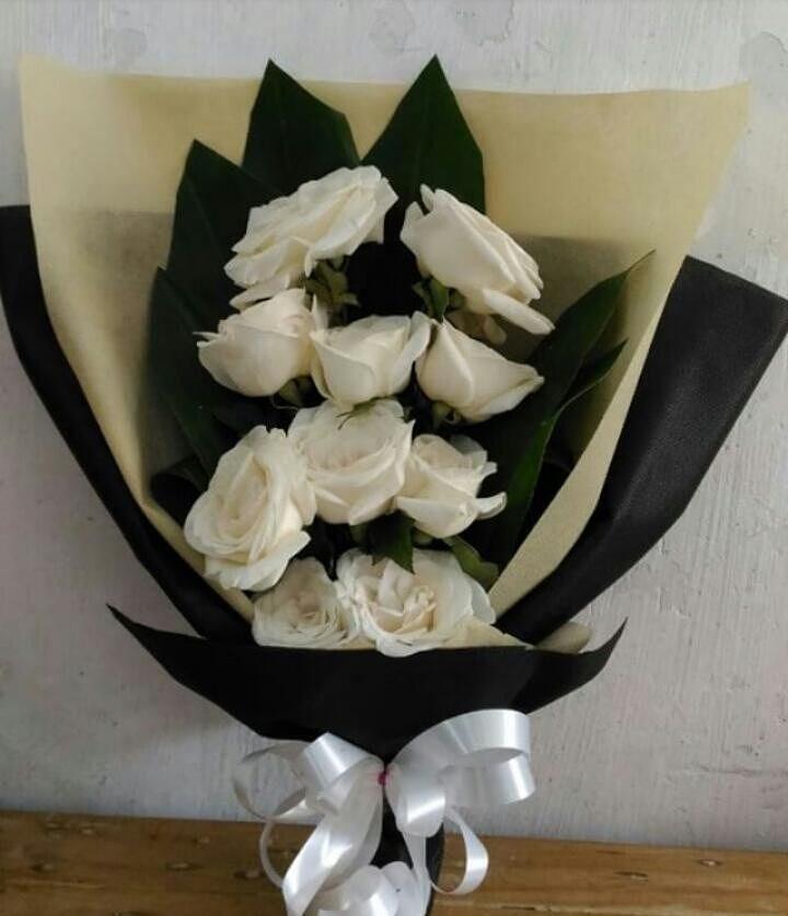 Karangan Bunga Tangan Hand Bouquet 029