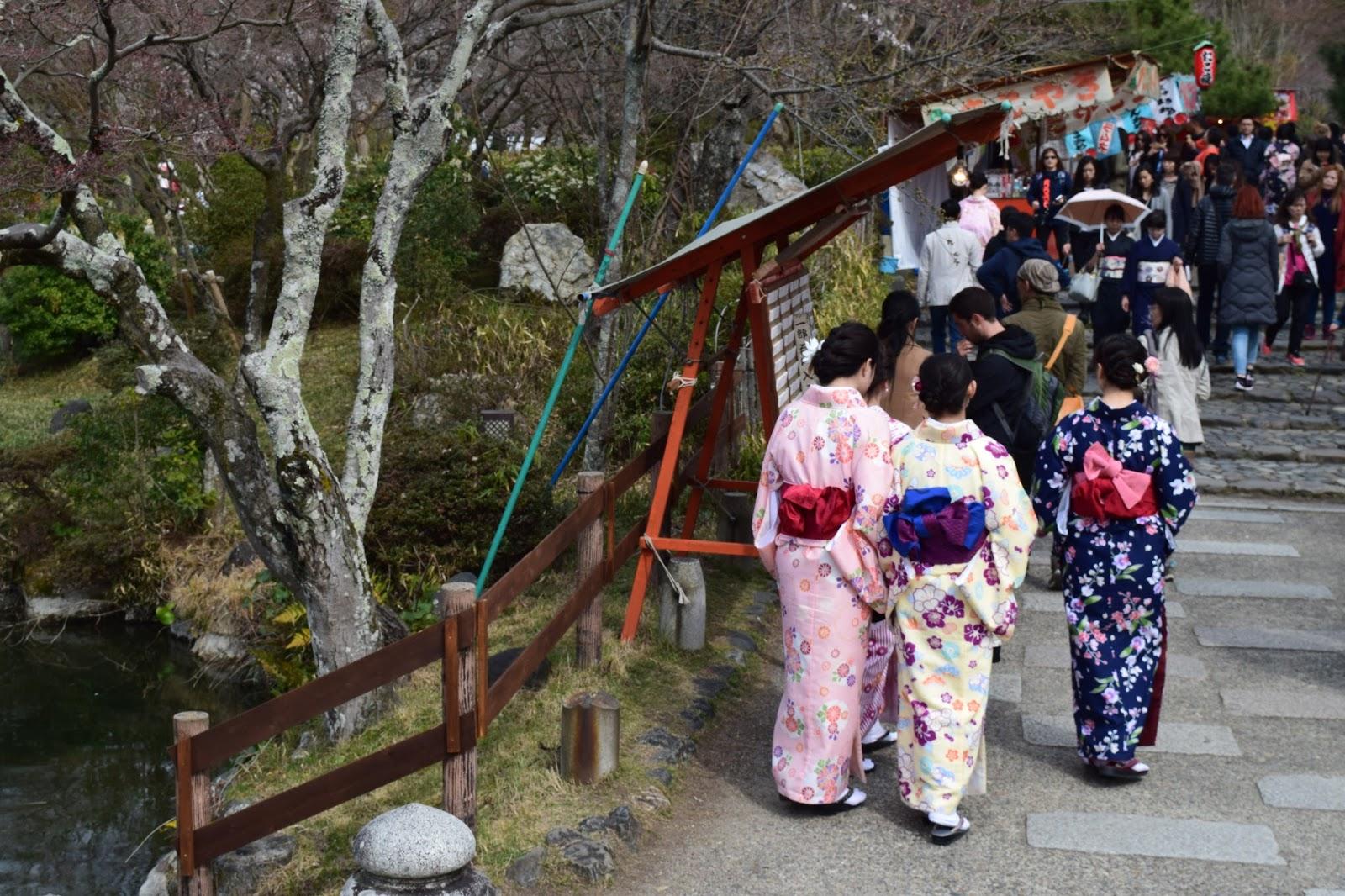 Kimono girls Kyoto