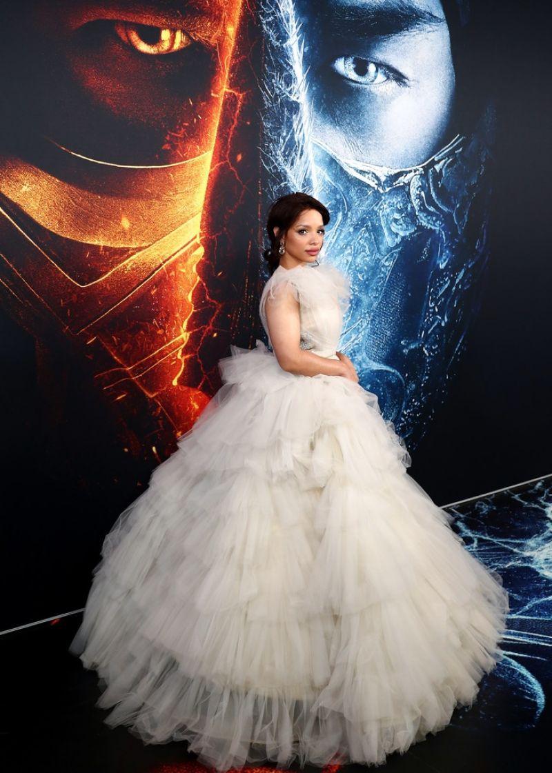 Sisi Stringer Clicks at Mortal Kombat Premiere in Sydney 20 Apr-2021