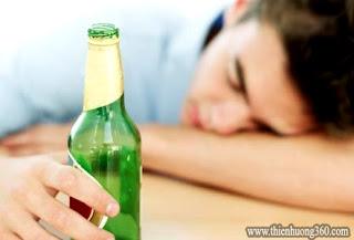 15 thói quen gây hại cho răng của bạn: uống rượu