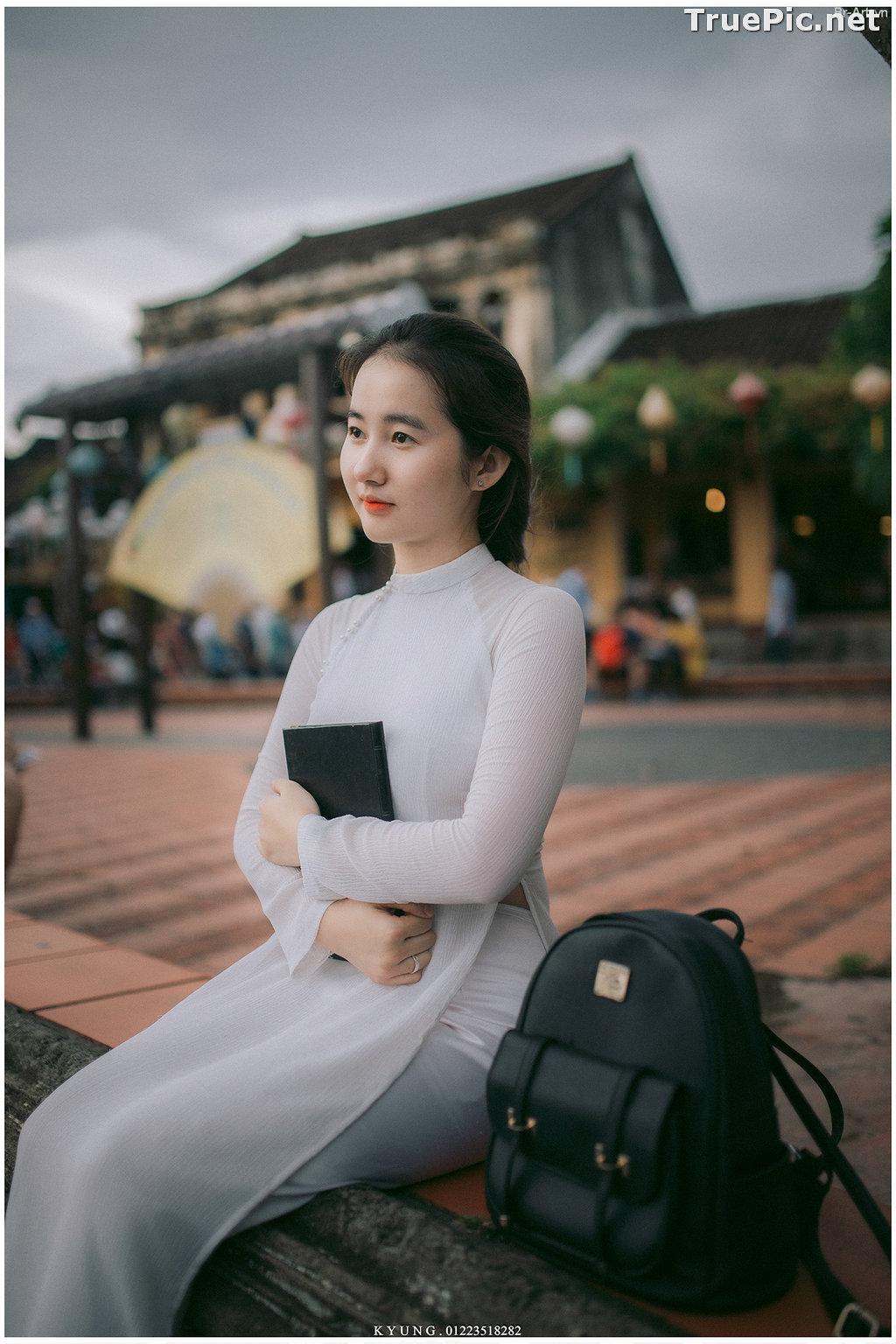 Image Vietnamese Cute Girl - Vo Xuan Chau - Ao Dai at Hoi An - TruePic.net - Picture-2