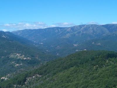 Vallée de Valgorge vue de la Tour de Brison (été 2016)