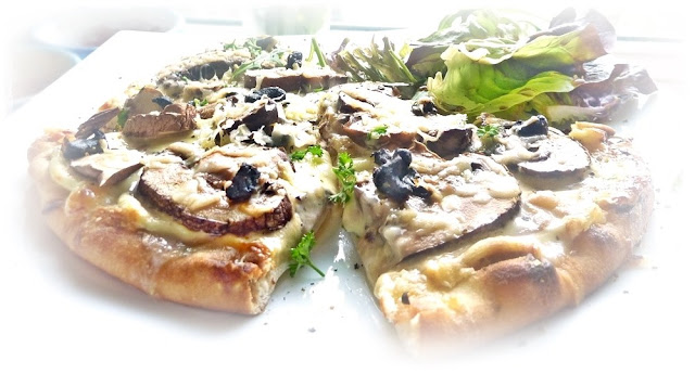 AUBERGINE PIZZA WITH EASY HOMEMADE CRUST
