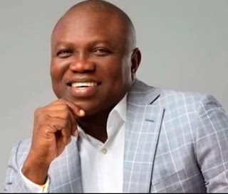 Governor Ambode free 12 inmates from Kirikiri prison