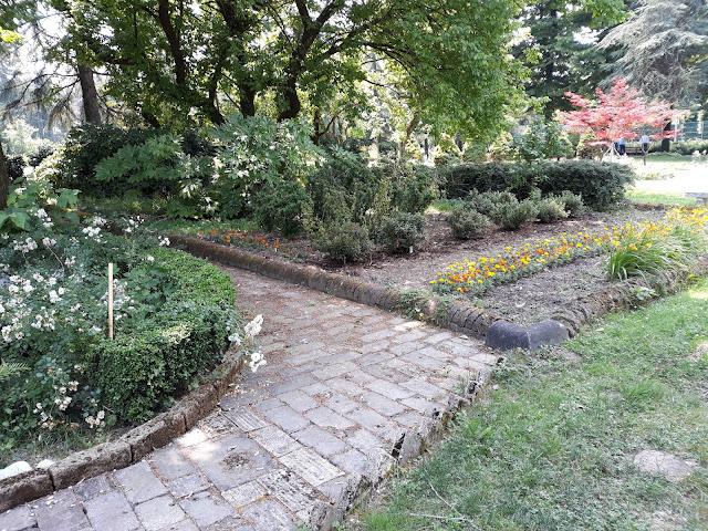 stradine-da-giardino-mattoni