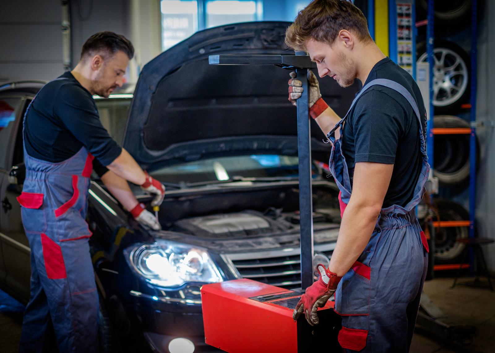 Los defectos graves de iluminación en los coches españoles que acuden a la ITV crecen casi un 40% en cinco años