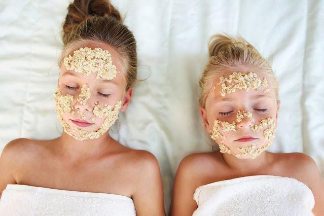 Éclaircir les taches sombres ou brunes du visage: Masque à la farine d'avoine & citron