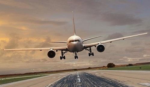 رائحة مسافر كريهة تجبر طائرة على الهبوط الاضطراري!