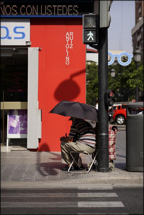 fotografía, Valencia, retrato, Arriba Extraña, paraguas