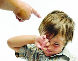 كيف تتصرف إذا استخدم طفلك ألفاظاً بذيئة؟
