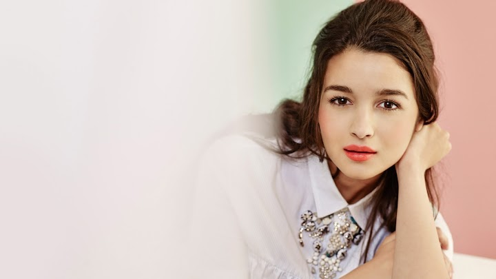 Alia Bhatt Bollywood Actress of the year Wallpapers