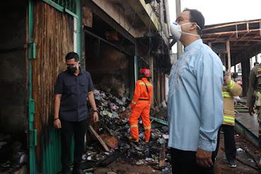 Tinjau Kawasan Bundaran HI dan Simpang Lima Senen, Anies Pastikan Pembersihan Fasum Pasca Demonstrasi