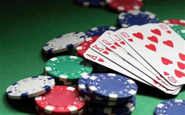 Merasakan Sensasi Keseruan Bermain Judi Poker Online