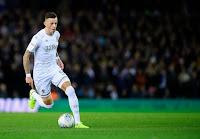 Chelsea make Brighton star Ben White their top target to boost their defense.