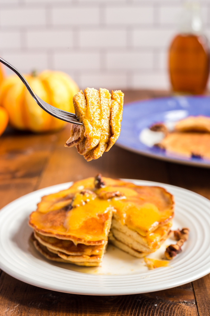 These Pumpkin Pie Pancakes bring the flavor of fall to the breakfast table for the perfect low carb, gluten-free breakfast ready in just 15 minutes!