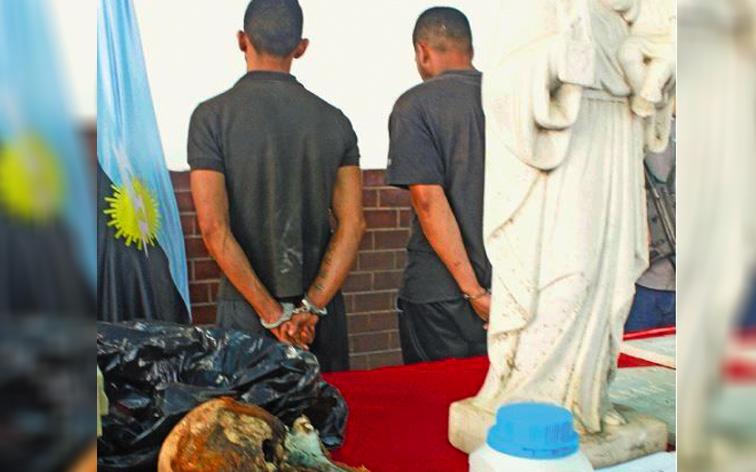 Detenidos dos ladrones de tumbas en el estado Zulia