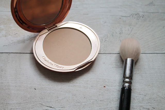 Charlotte Tilbury Airbrush Flawless Finish Review shade 2