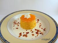 Flan de mandarinas sobre sopa de mascarpone al limón y virutas crujiente de manzanas
