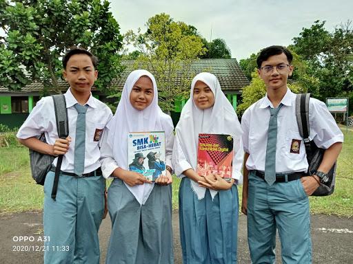 Sekolah SMK Insan Cendekia Parungpanjang Gratis