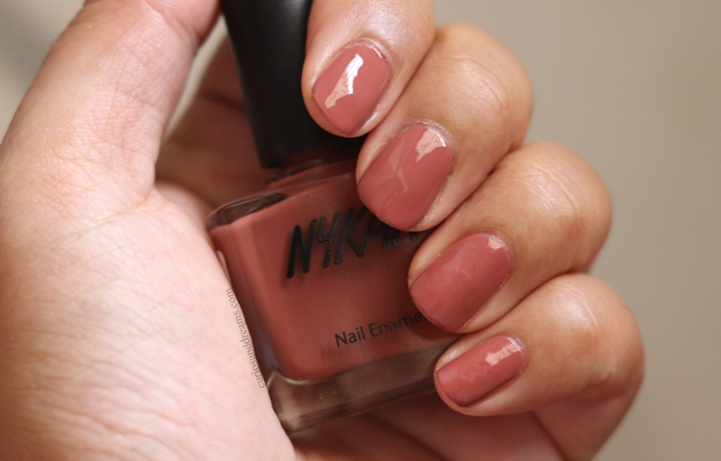 Nykaa Nail polish Mink Muffin review