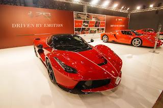 Le Ferrari Aperta debuts in Qatar Motor Show