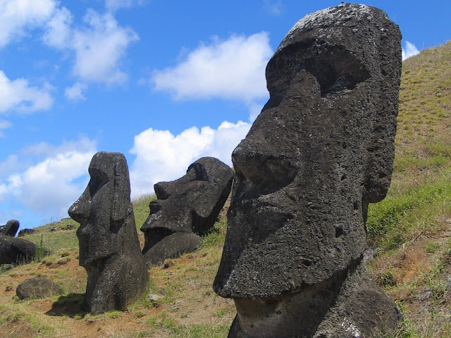 Easter Island not destroyed by war, new analysis shows