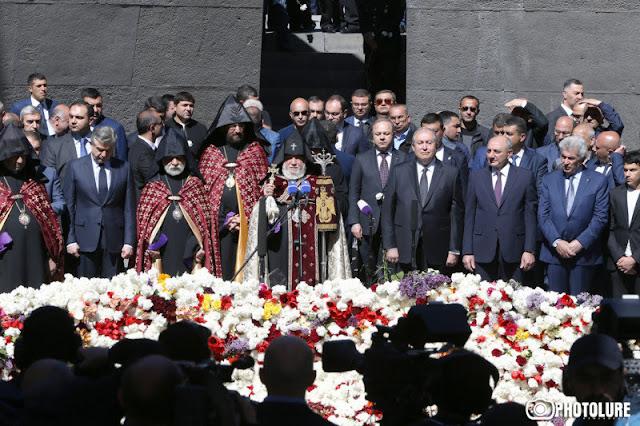 Armenia marca el 103 aniversario del genocidio armenio