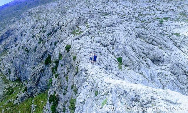 Vista del macizo a poco de alcanzar la cima.