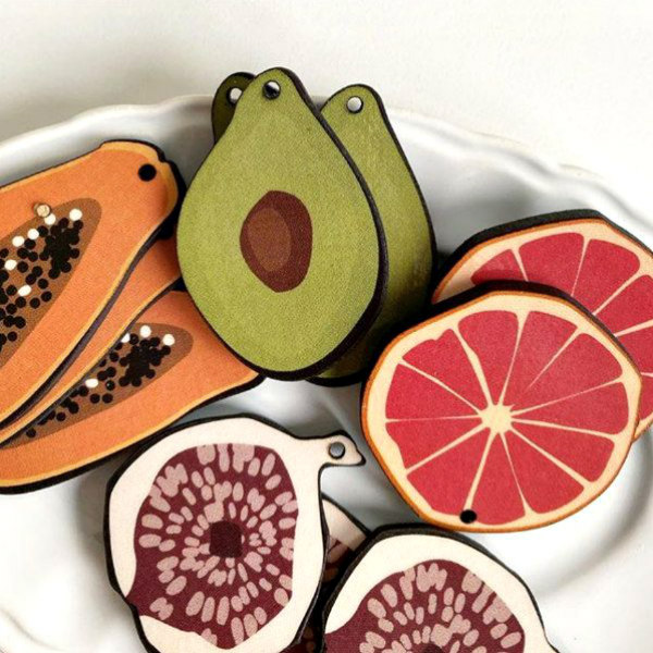 paper fruit shapes medley on plate