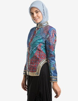 Baju batik atasan wanita muslimah jaman sekarang