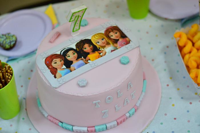 urodziny lego friends, urodziny dziewczynki, przyjęcie urodzinowe, urodziny z lego friends, tort lego friends