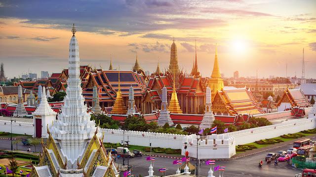 10 Destinasi Wisata  Di Bangkok Yang Wajib Dikunjungi - Grand Palace
