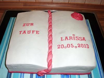 tortenmaedchen  blogspot  de  Tauftorte Buch Larissa
