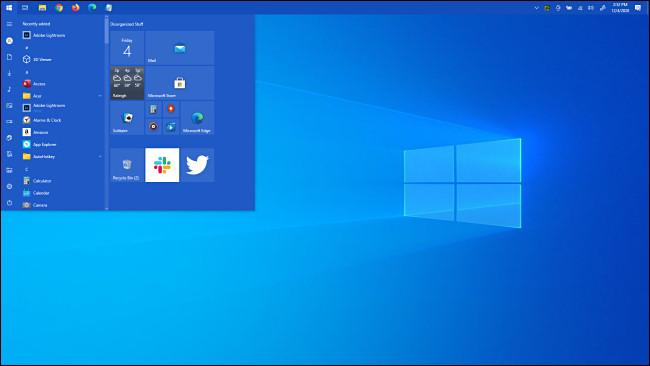 قائمة Windows 10 Start أعلى الشاشة.