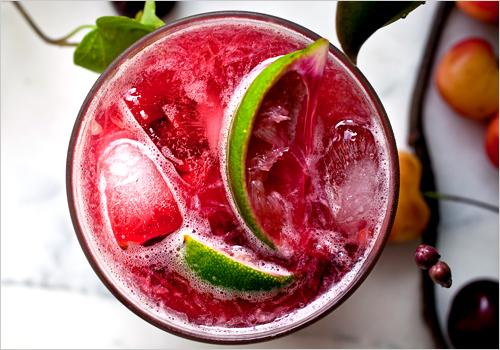 A Design Snack By Linda Pakravan It S Cocktail Hour