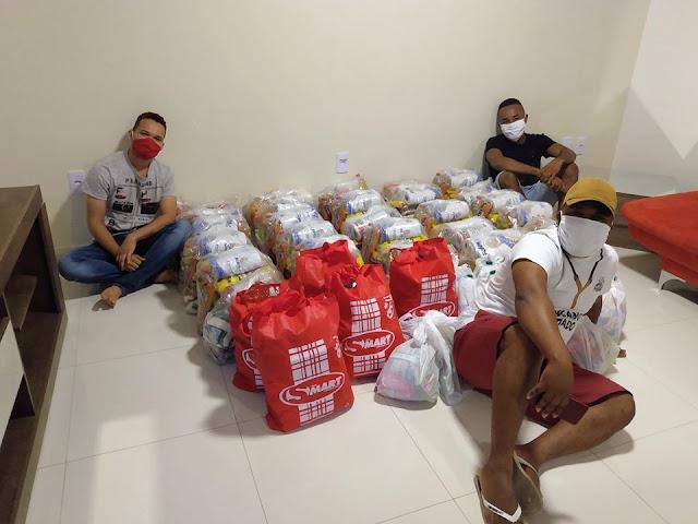 Jovens de Amargosa arrecadam alimentos para famílias que mais precisam